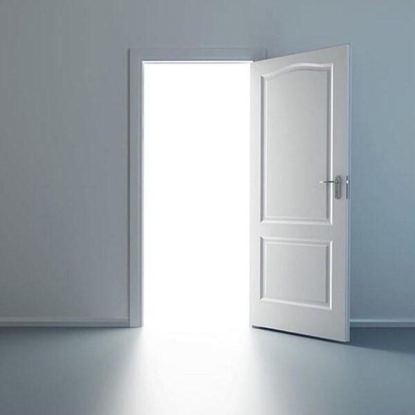 KARMENA (painted door set)
